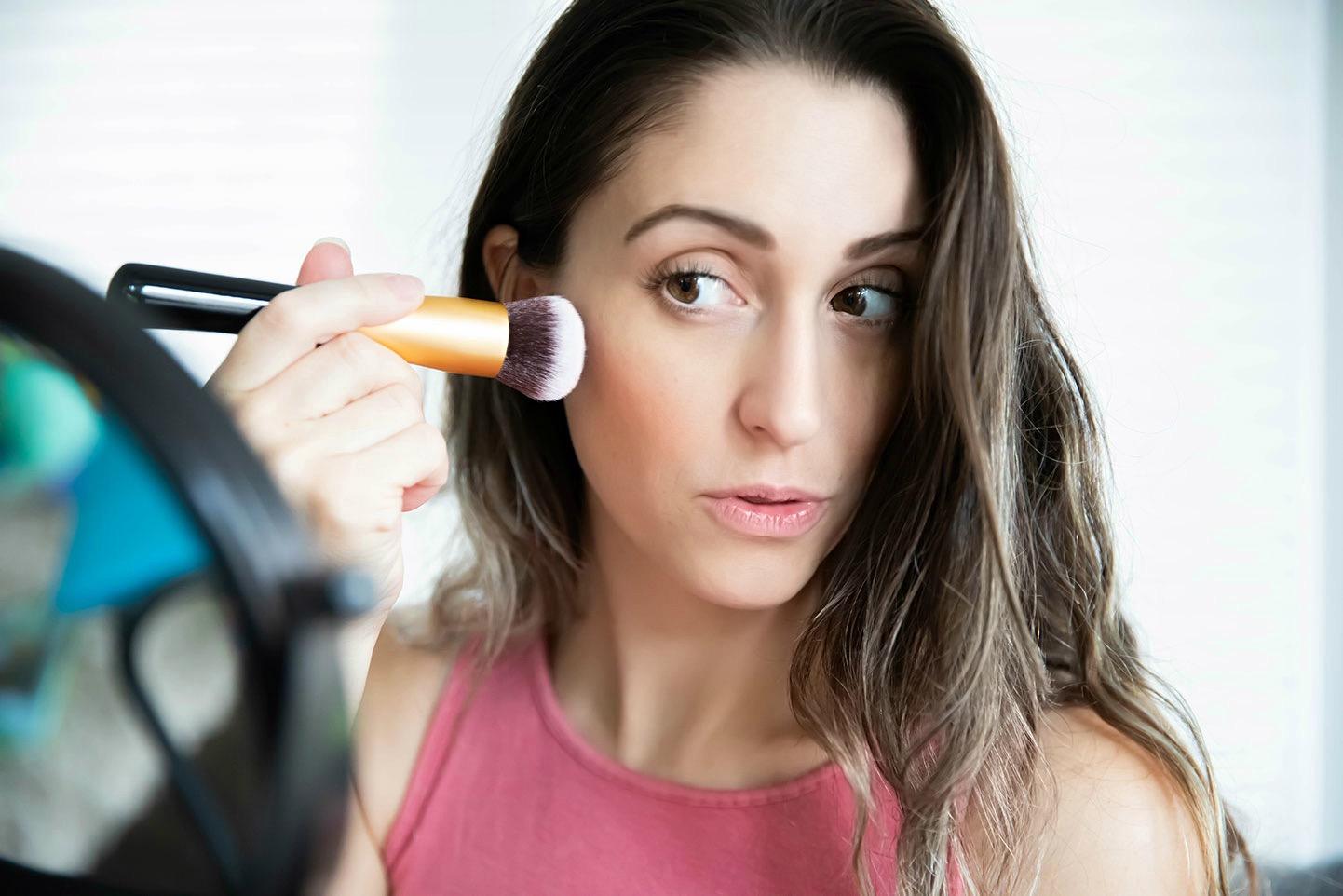 Rejuva Minerals Natural and Organic Makeup